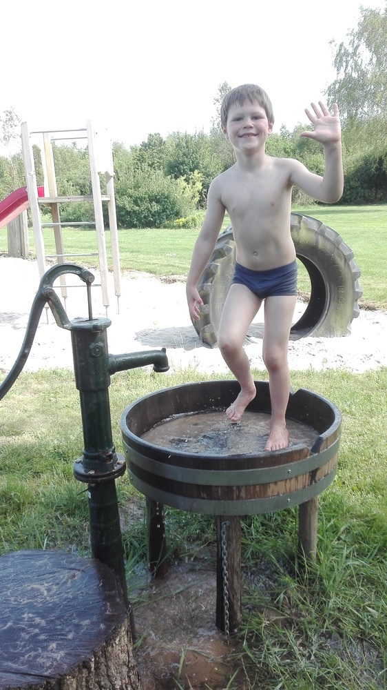 Spelen met water.