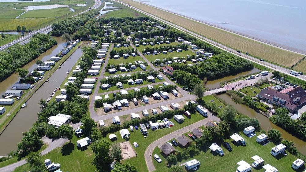 Camping de Zeehoeve vanuit de lucht