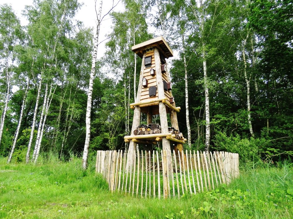 Insectenhotel in een toren