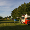 campers op het kampeerterrein