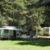 Caravans op het kampeerterrein