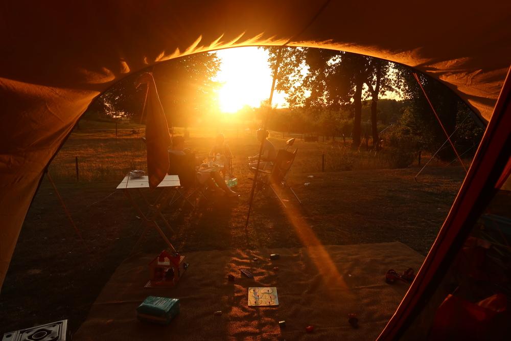 Laaghangende zon