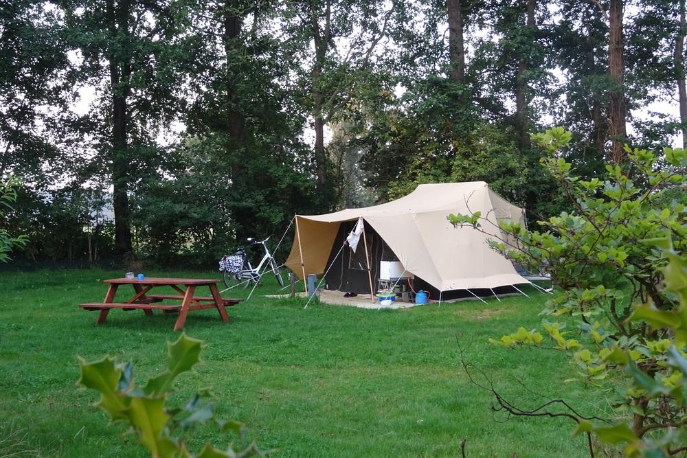 Tent in het groen